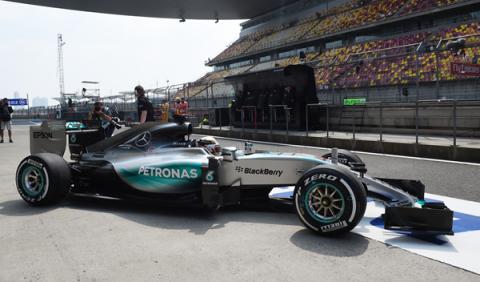 Fórmula 1. Libres 3 GP China 2015: triplete de Hamilton