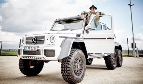 Hamilton le echa el ojo al Mercedes G63 AMG 6X6