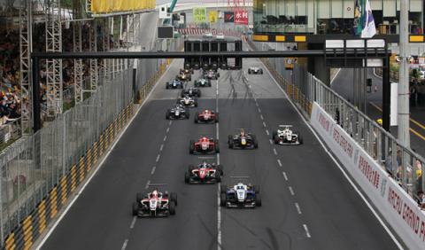 Hamilton llevaría la F1 al Nordschelife y a Macao