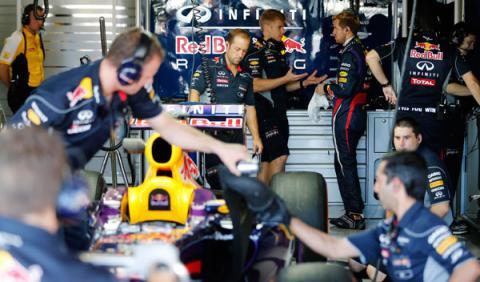 Ingenieros Infiniti Red Bull Racing F1