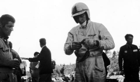 John Surtees, campeón del mundo de F1 y motos