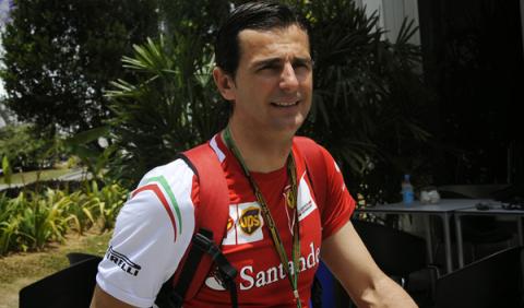 Pedro de la Rosa prueba un coche de Fórmula E