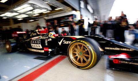 Pirelli probó el neumático de F1 de 18 pulgadas con Lotus