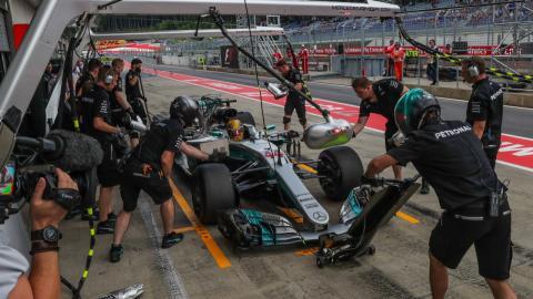 Posible sanción para Lewis Hamilton en Austria