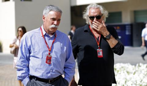 ¿Qué hace Flavio Briatore en el GP de Abu Dhabi?
