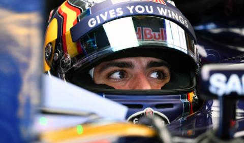 Red Bull impedirá que Carlos Sainz fiche por Mercedes