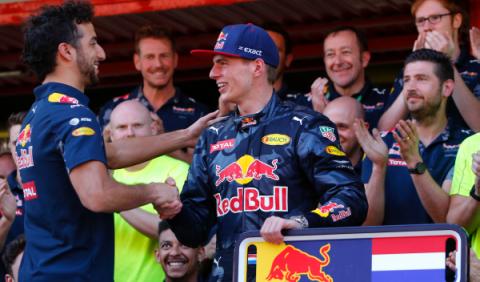 """Ricciardo 'se mete' con Verstappen: """"Es un empollón"""""""