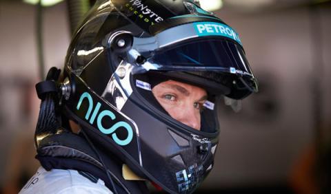 """Rosberg: """"estoy un poco detrás de Hamilton"""""""