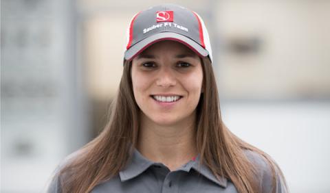 Simona de Silvestro concluye sus tests en Cheste