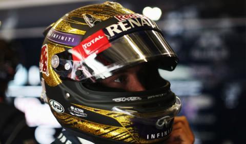 Subastan uno de los cascos de Vettel por 86.000 euros