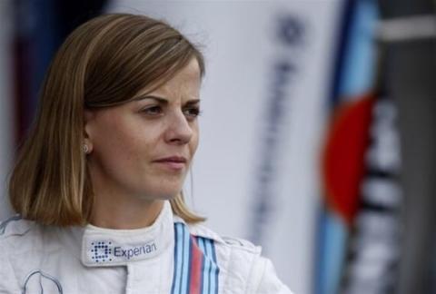 Susie Wolff, primera mujer en la Carrera de Campeones