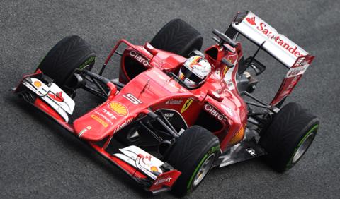 Vettel repite liderato en el segundo día de test de Jerez
