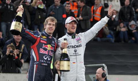 Vettel rinde homenaje a Michael Schumacher en China