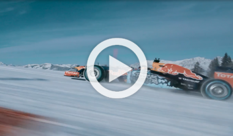Vídeo. Red Bull F1 en la nieve: el hombre contra la máquina