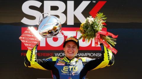 Ana Carrasco, primera mujer en ganar una carrera mundialista de motociclismo