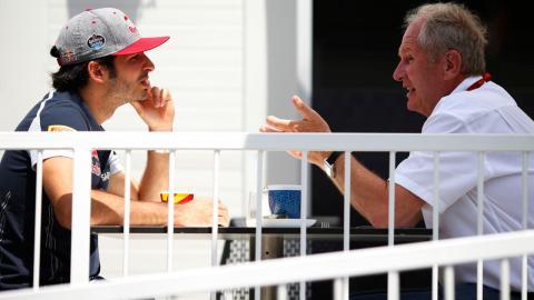 Carlos Sainz y Helmut Marko