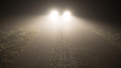 ¿Está tu coche preparado para el otoño? No vayas por ahí con pocas luces...