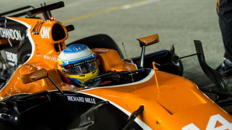 Fernando Alonso, durante el GP de Singapur 2017