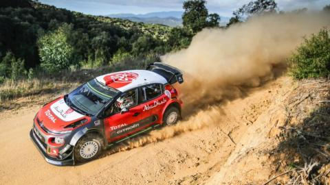 Loeb prueba el Citroen C3 WRC en tierra
