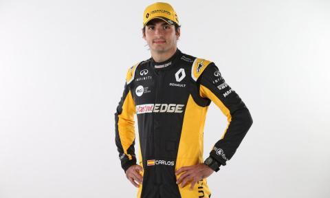 Carlos Sainz ya viste de Renault