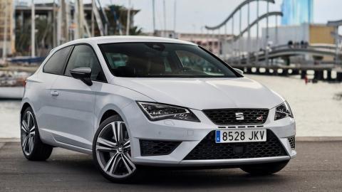 Los coches más baratos con más de 300 CV: Seat León Cupra