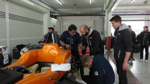 Curso Campos Racing