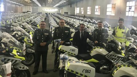 Motos Guardia Civil con alcoholimetro