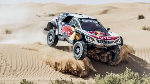 Peugeot 3008 DKR Maxi, en su test en Marruecos
