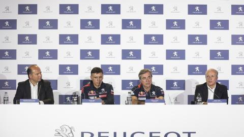 Presentación del Dakar 2018 de Carlos Sainz