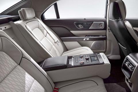 Prueba: Lincoln Continental