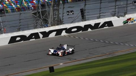 Alonso prueba el Ligier JS P217 en Daytona