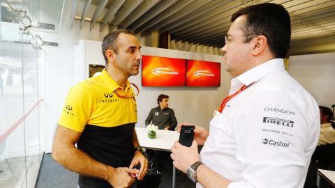 Eric Boullier y Cyril Abiteboul