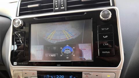 Prueba Toyota Land Cruiser 2018: pantalla Vision 360º