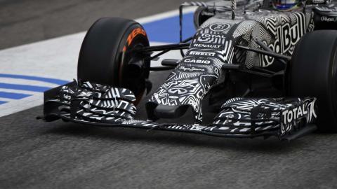 Red Bull F1 camuflaje
