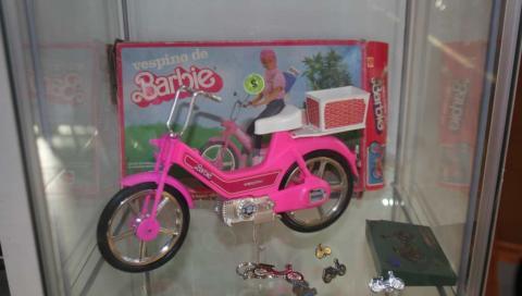 El Vespino de la Barbie