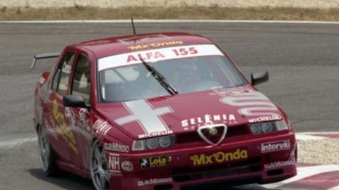 Adrián Campos con el Alfa Romeo en el CET