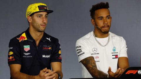 Daniel Ricciardo y Lewis Hamilton