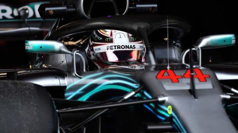 Hamilton en los test F1 de Barcelona