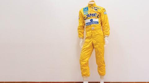 Mono de Senna a subasta