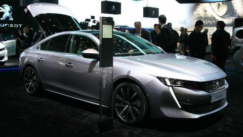 Salón de Ginebra 2018 Los 5 coches más asequibles Peugeot 508