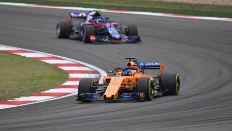 Alonso y Toro Rosso GP China
