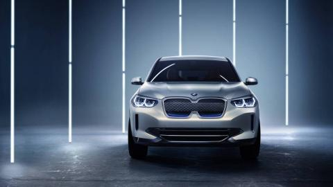 BMW Concept iX3 frontal