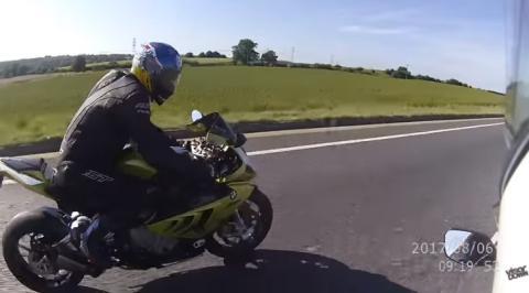 La Guardia Civil podría patrullar en motos camufladas