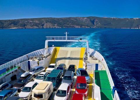 Viajar con coche en ferry