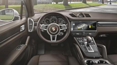Porsche Cayenne E-Hybrid 2018 (interior)