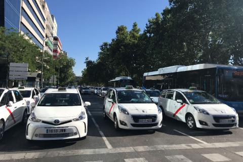 Guerra taxi uber