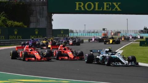Lucha Ferrari y Bottas