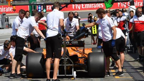 McLaren en boxes