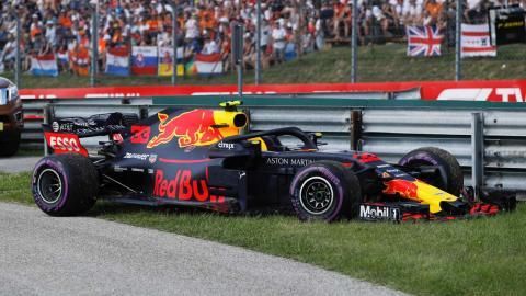 Red Bull abandono Hungria
