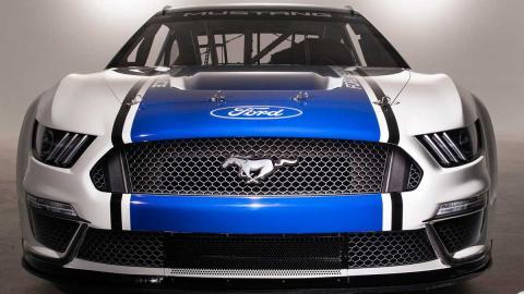 Ford Mustang NASCAR 2019